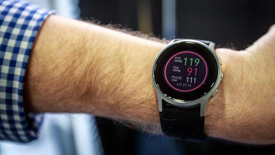 omron-healthcare-smart-watch-CES 2019 10مورد از بهترین محصولات